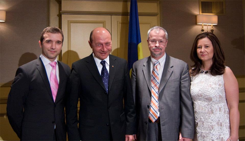 Romanian President and the RTN Chicago team